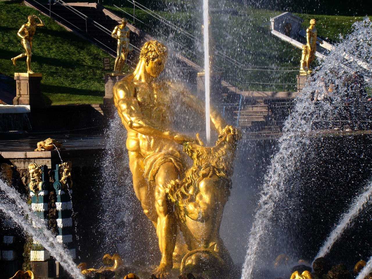 Peterhof tour